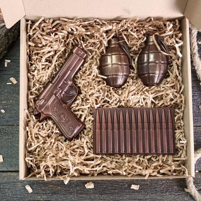Крутой подарок для мужчины на 14 октября. Военный шоколадный набор